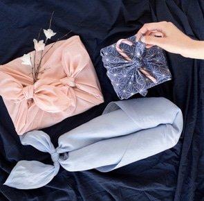 Tutorial slider top faire un emballage cadeau suivant la technique du furoshiki 001