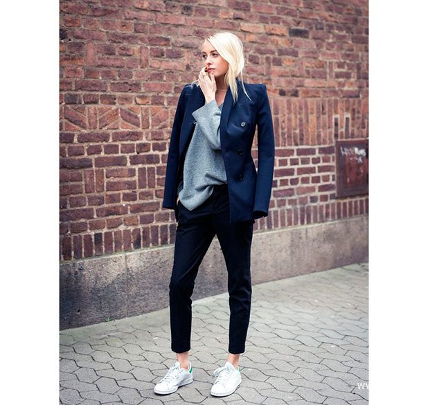 Victoria beckham sneakers street style habituallychic 019