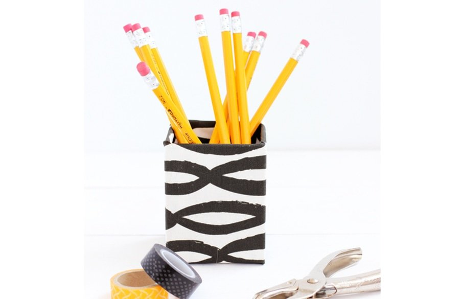 Diy fabric covered pencil cup 6