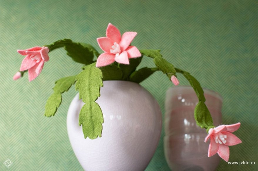 Felt pink cactus 5