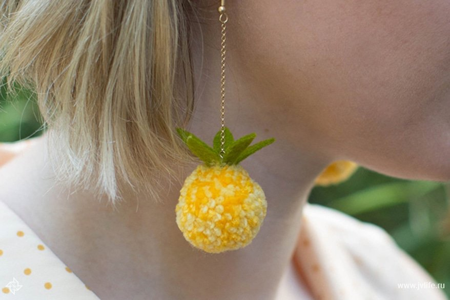 Pineapple pom pom earrings 3