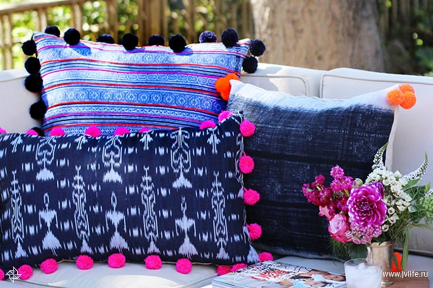 Pompompillows17