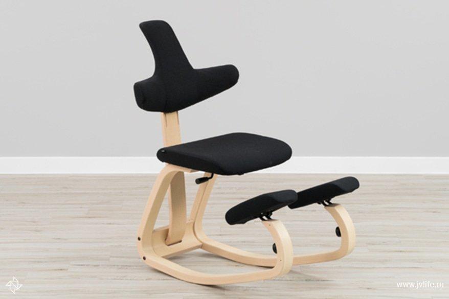 Kneeling chair thatis