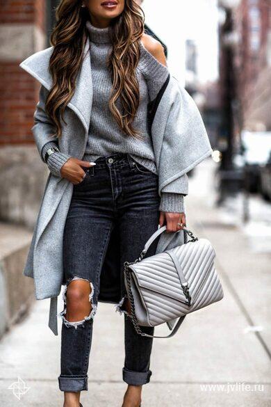 Fashion blogger winter sweater 650x975
