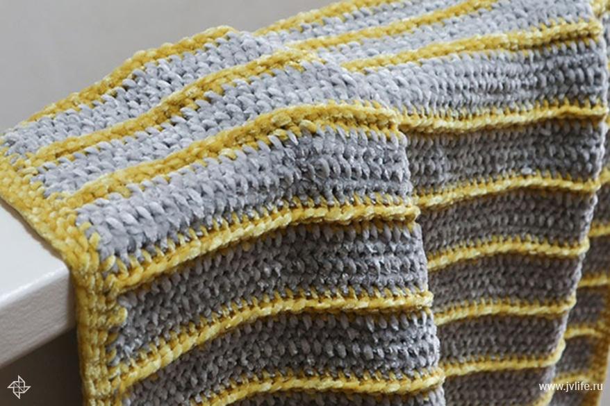Bernat baby velvet blanket 9