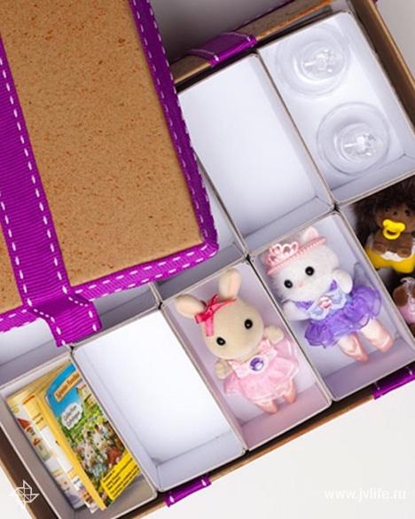 Hero 2 shoebox shelves